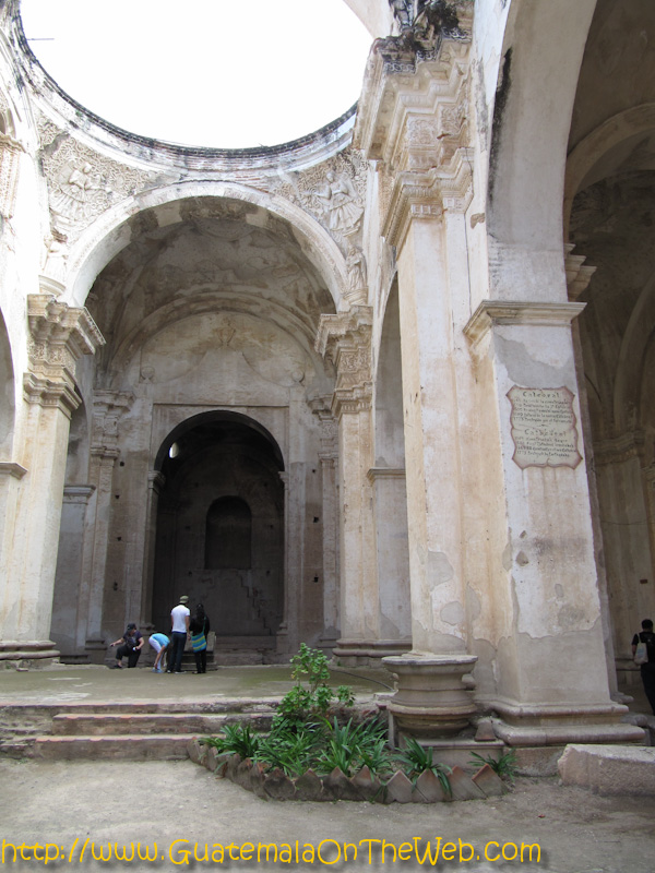 antiguacathedral-15